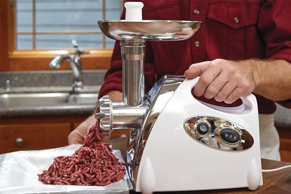How To Use A Meat Grinder Properly, Effectively