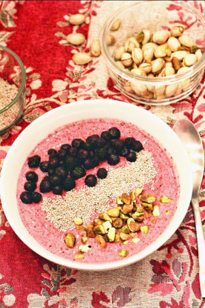 Berry Pistachio Crunch Smoothiefor weight loss