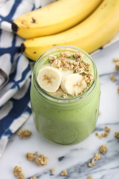 Green kefir smoothie for weight loss