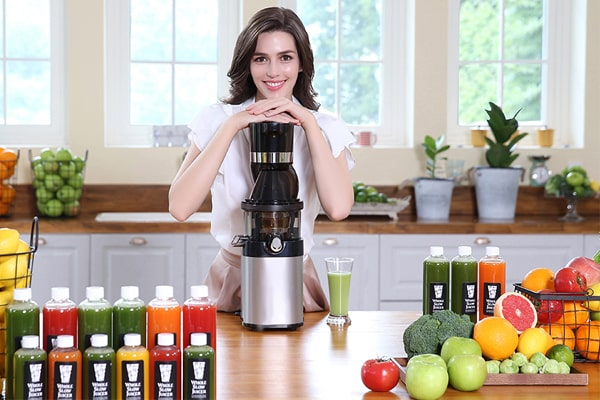 Top 10 Best Cold Press Juicers Reviews in 2020