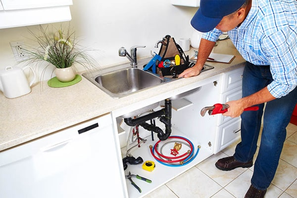 Eliminate the drain lines in the faucet