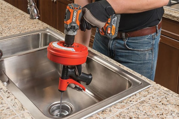 4 Factors That Cause Kitchen Sink Clogging