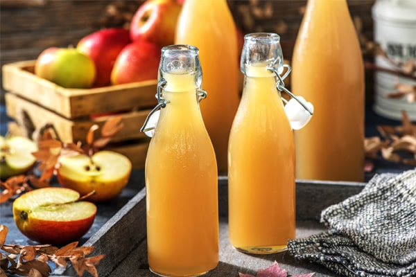 Step By Step To Make Apple Juice With A Blender