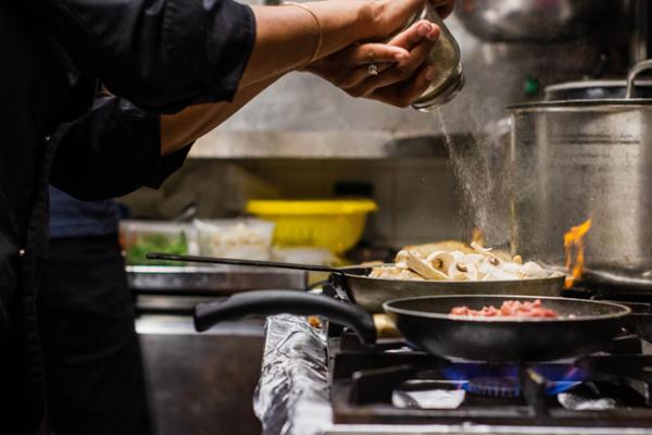 Best Pan for Deep Frying