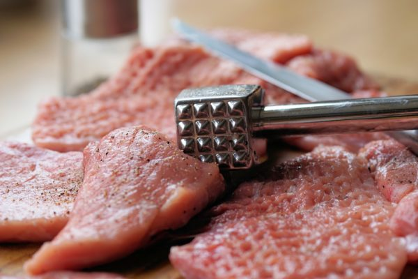 Read more about the article The Best Kitchenaid Meat Tenderizer for Tough Meat