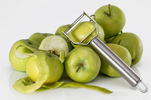 Read more about the article Best Apple Peeler that Peels, Cores, and Slices Apples