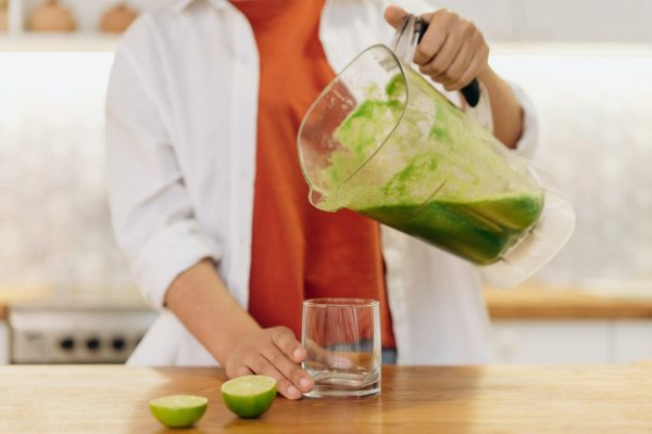 Read more about the article How to Make a Smoothie Without Yogurt